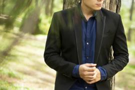 Cách mix áo vest với trang phục đơn giản cho chàng trai năng động, trẻ trung