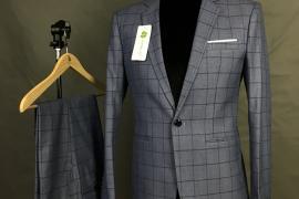 Một set vest nam cao cấp bao gồm chi tiết nào?