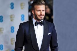 Vest nam cách điệu - yếu tố tạo nên thành công của nhiều ngôi sao sân khấu